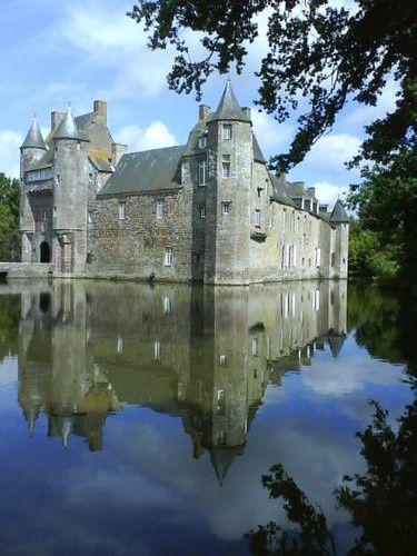 24 juil 09 - Bretagne - Reflet et château 3