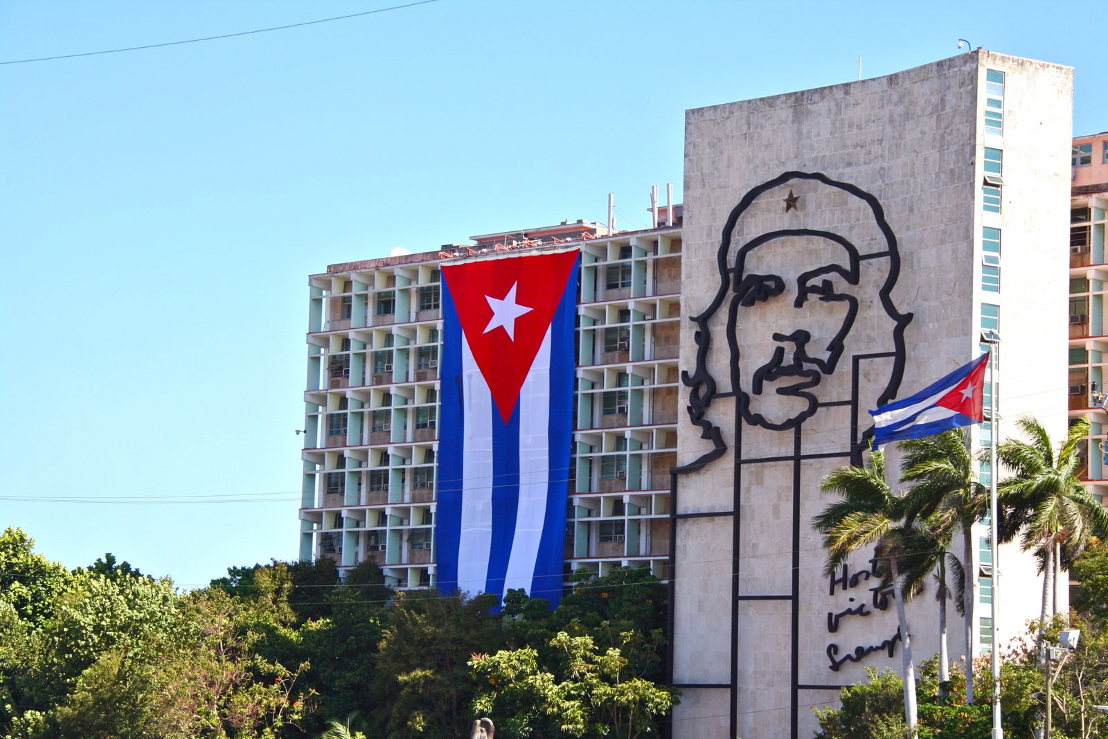 revolution in cuba an essay on understanding