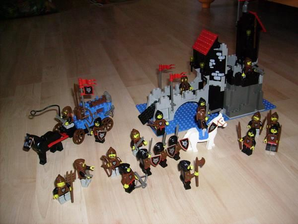 [LEGO] : MOYEN-AGE + liens Loups-arm-e