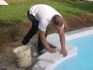 Travaux piscine le blog mitch28 - Pose margelle piscine coque ...
