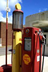 1-5553-Old-Gas-Pump.jpg