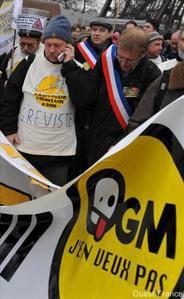 Anti-OGM_ouestfrance_.jpg