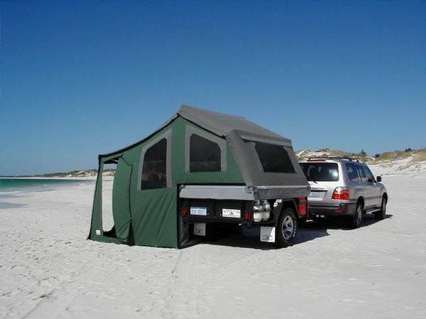 album caravanes tout terrain chasseurdaventuriers. Black Bedroom Furniture Sets. Home Design Ideas
