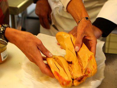 Foie-gras--une-tradition-en-peril.jpg