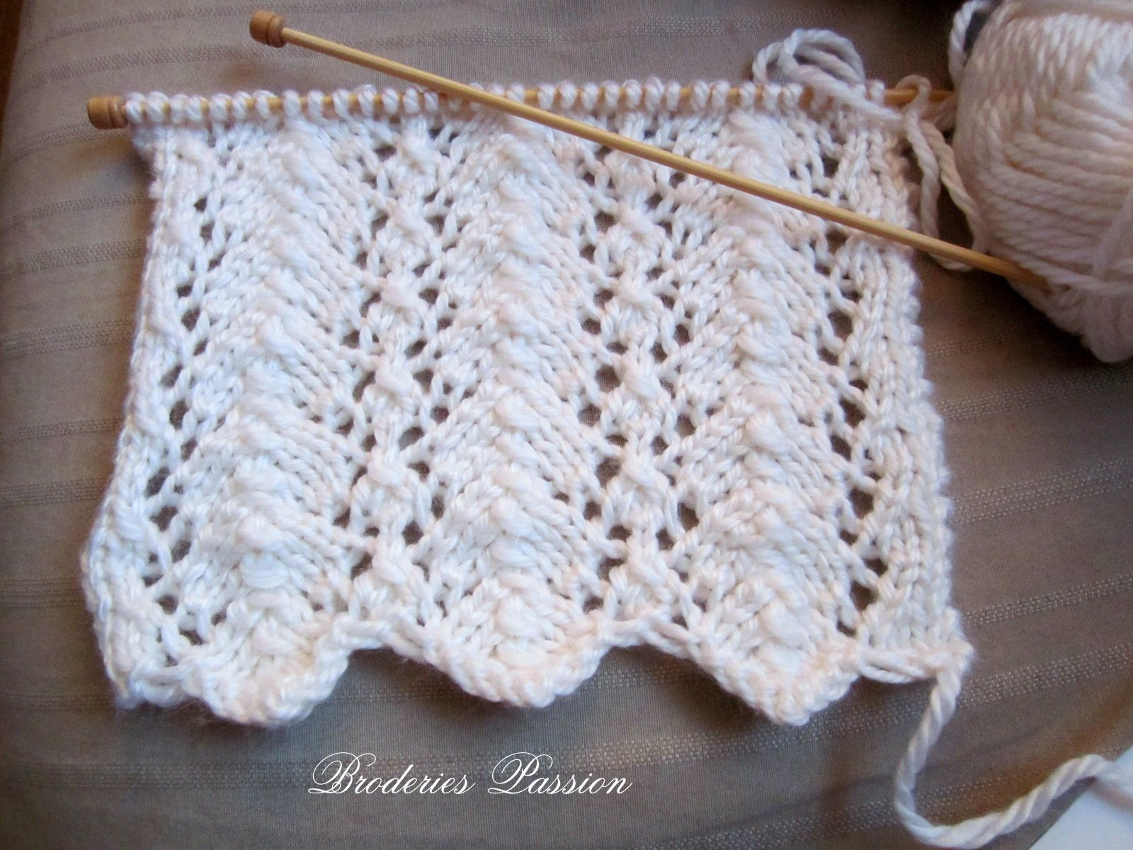 Kal broderies passion martine290 - Broderie sur tricot point mousse ...