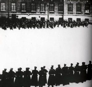 BloodySunday1905.jpg