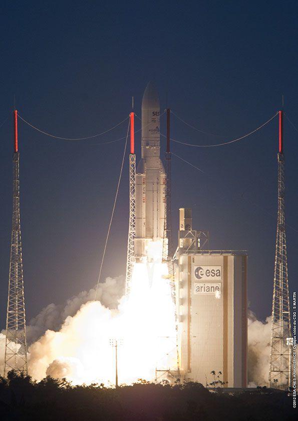 Quelques photos de lancement Ariane 5 depuis Kourou prises dans leur grande majorité par le Service Optique du Centre Spatial Guyanais (CNES/CSG)