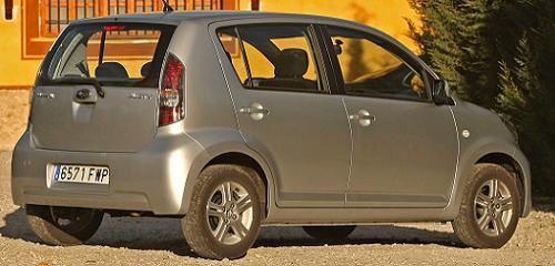 Subaru-Justy--4-.jpg