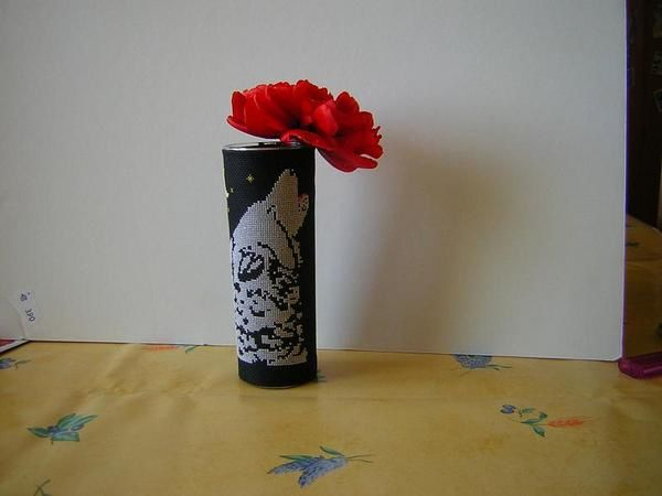 Vase-Loup-hurlant-par-Mum89.jpg