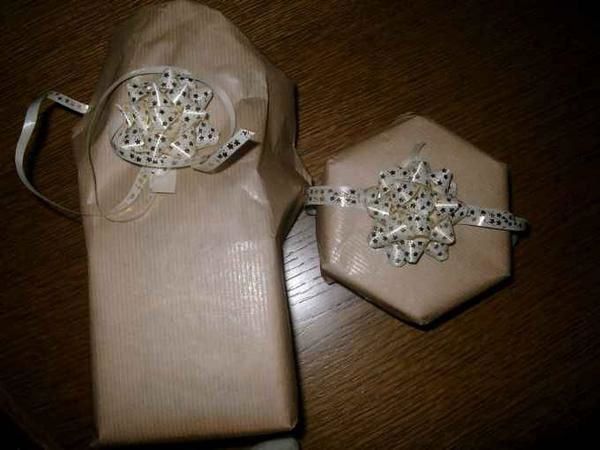 Cadeaux-de-Mounala-Surprise.JPG