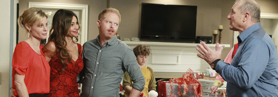 modernfamilychristmas.png