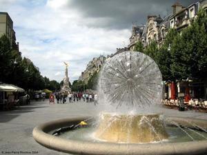 Place-Drouet-d-Erlon-Reims.jpg