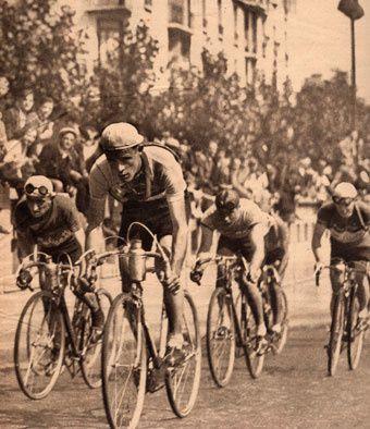 CoursedansParis1941-2-.jpg
