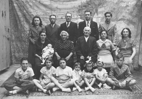 Famille-Gortcharkoff-1938.jpg