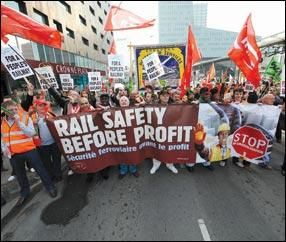 Rail-unions-rally-to-defend-safety-rules large