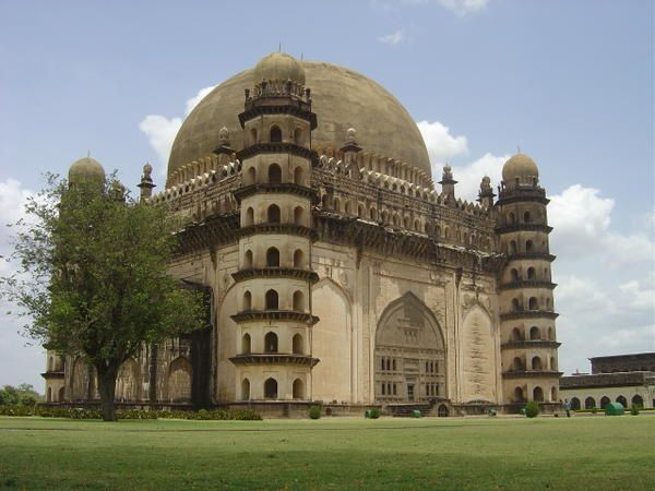 Inde bijapur voyagesvoyages for Architecture inde