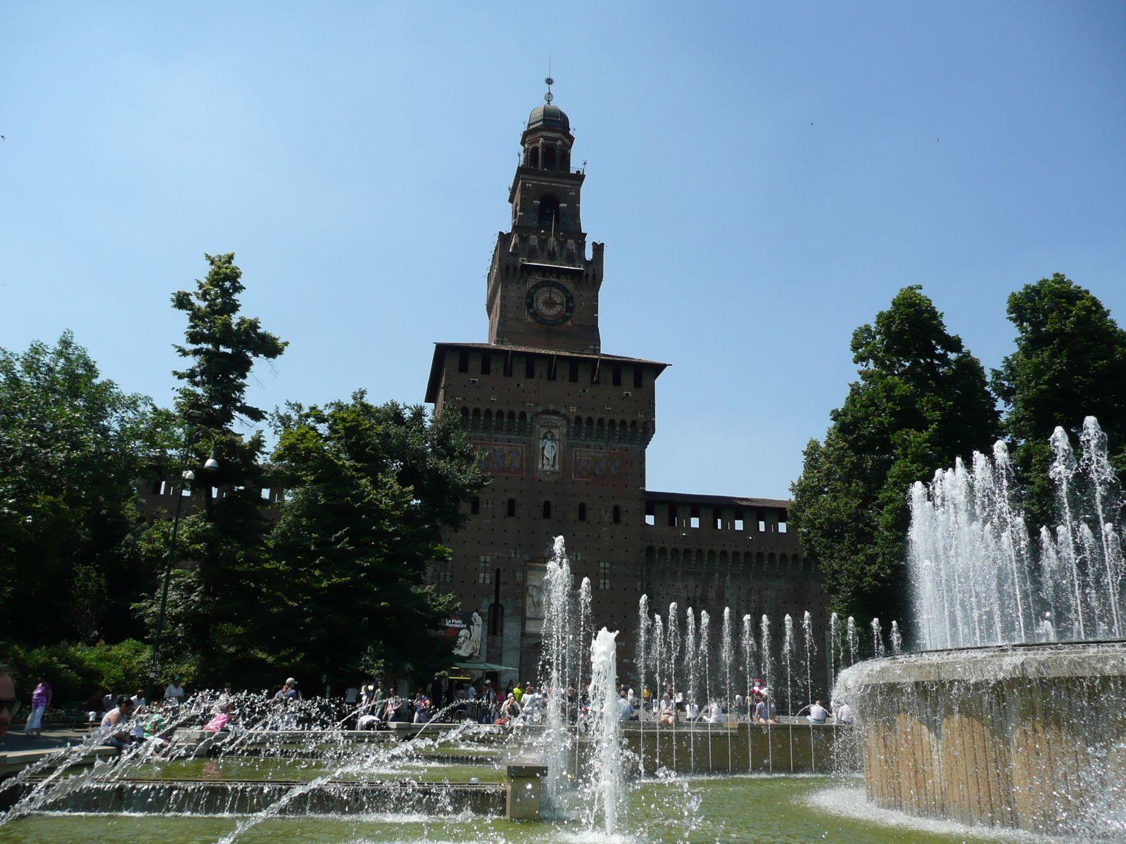 MILAN----66-.jpg