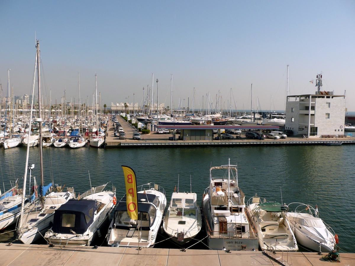Port-Omlympique---marina.jpg