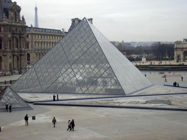 pyramide-louvre.jpg