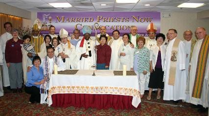 Milingo--onebigfamily-foto-married-priests-now--8-10-d--cembre-2006.jpg