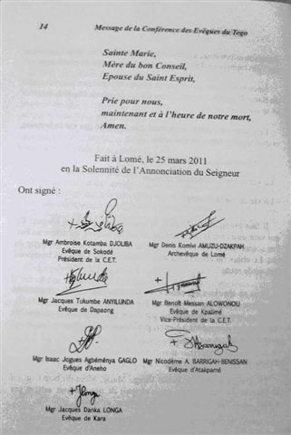 togo_conference_eveque_signatures.jpeg