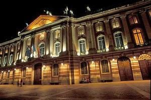 Toulouse-capitole-nuit-2.jpg