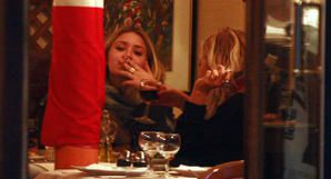 olsen5-out-for-dinner-sept.jpg