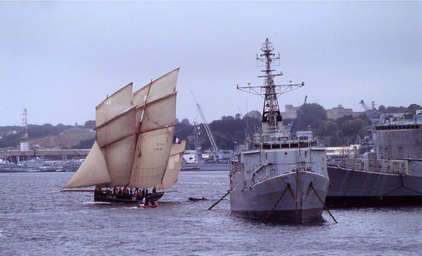 Fête des voiliers, petits et grands, sur la rade de BREST en juillet 2004. L'année prochaine BREST 2008 !