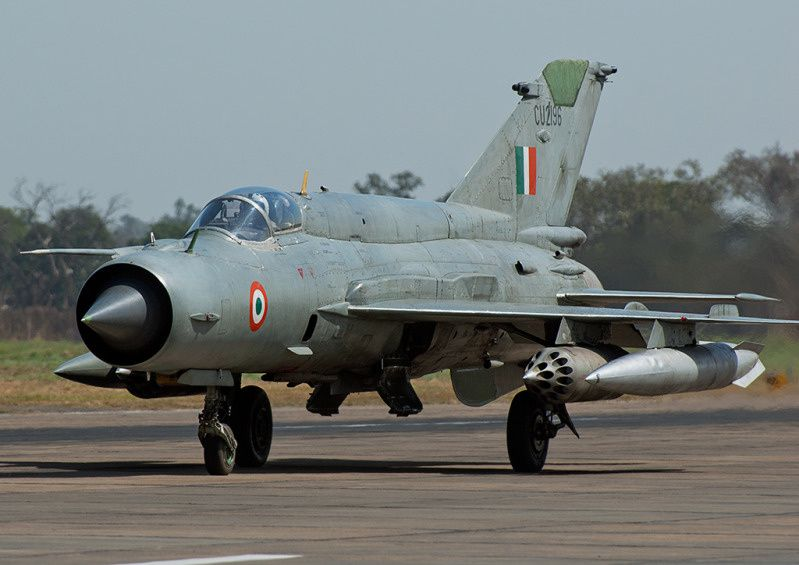 indian air force Mikoyan-Gurevich MiG-21 fighter jet aircra