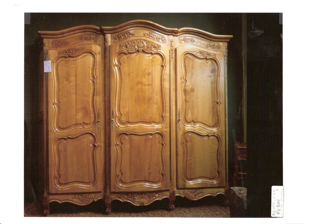 Armoire louis xv r gence copie d 39 ancien ebenisterie d for Copie meuble ancien