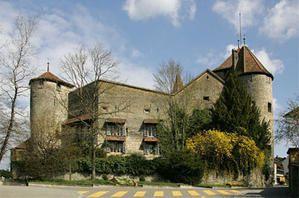 400px-Schloss-Murten.jpg