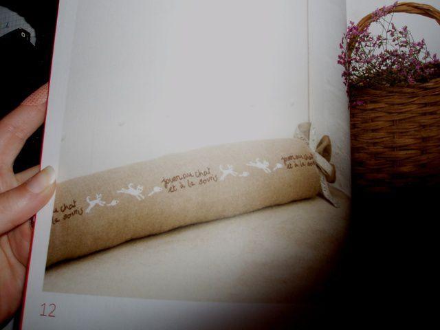 photos des ouvrages à broder présents dans ce magnifique livre