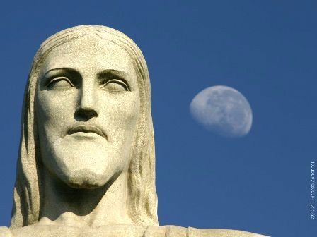 Christthe-Redeemer-in-Rio-002.jpg