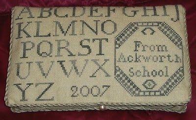 QuakerSchoolgirlMarianback