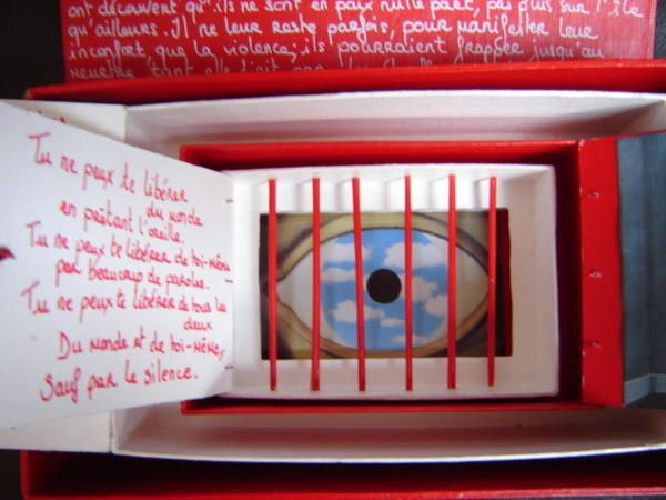 An antis de sarah kane le huis clos regards sur l for Rene magritte le faux miroir