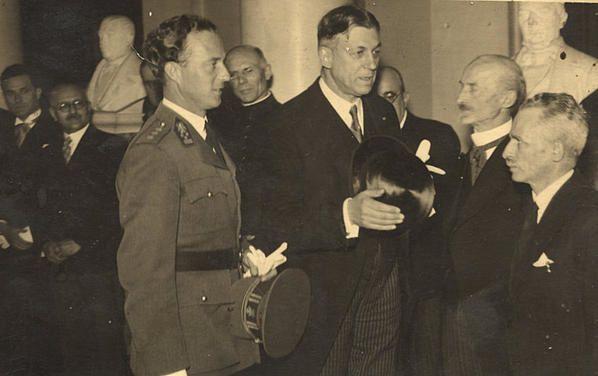 1945-Jules--Duesberg-et-le-Roi-Leo.III-004.jpg