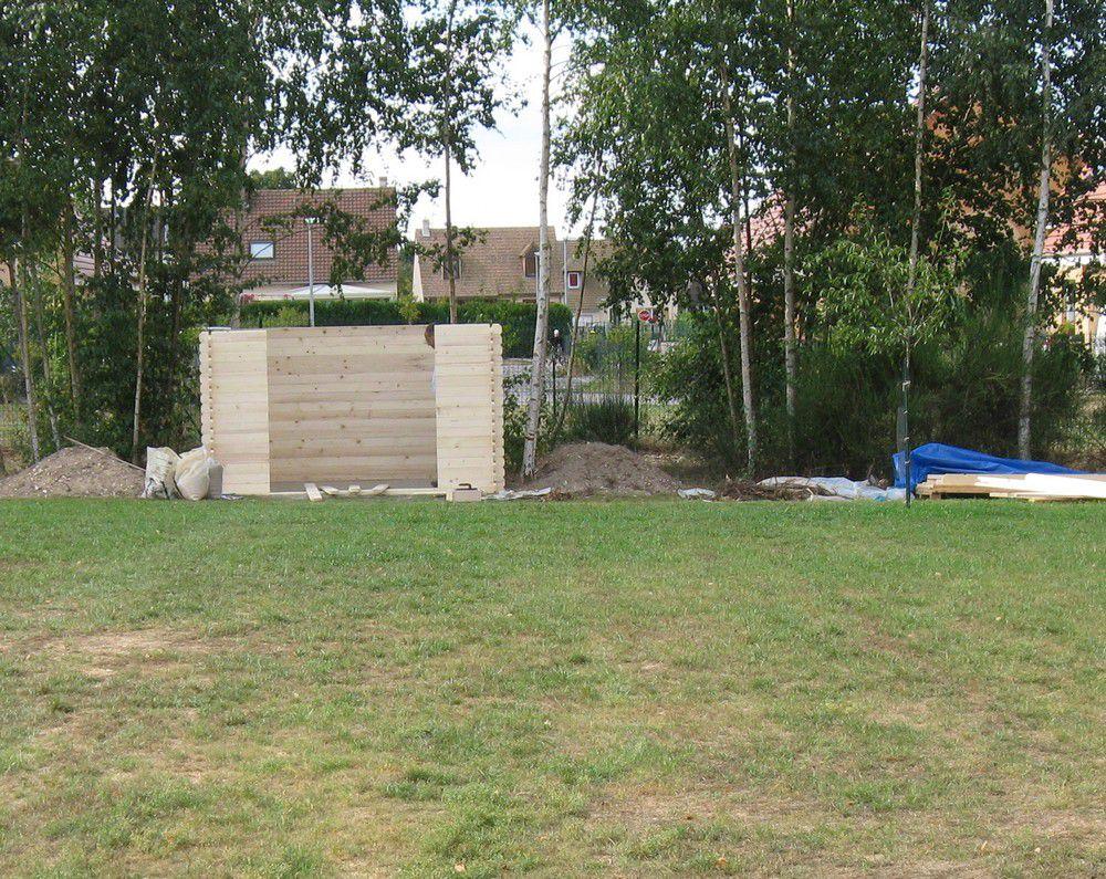 Construction De La Cabane Au Fond Du Jardin La Maison