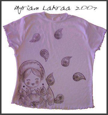 Matriochka : peitnure sur tee-shirt - 2007 - Myriam Lakraa Créations