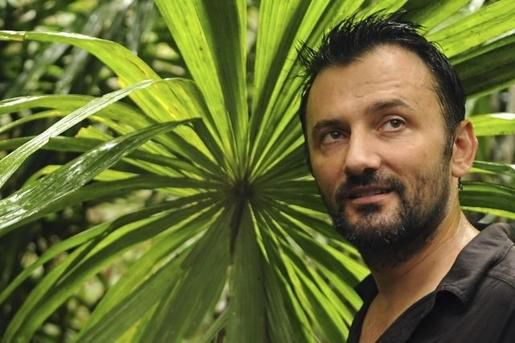 Frederic-Lopez-emmene-Gerard-Jugnot-en-terre-inconnue-le-14.jpg
