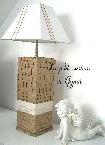 lampe en carton exotica objet carton les p 39 tits cartons de gypsie. Black Bedroom Furniture Sets. Home Design Ideas