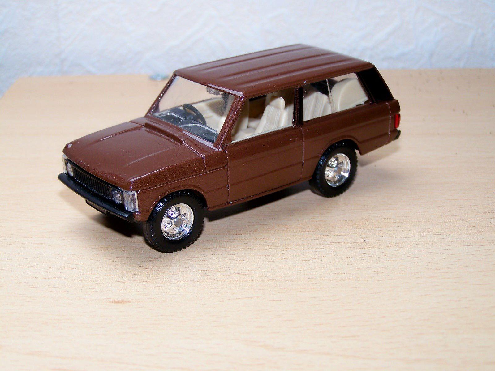 range rover solido france le blog des voitures et camions miniatures anciens. Black Bedroom Furniture Sets. Home Design Ideas