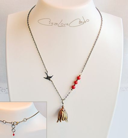 collier_tulipe_corail_oiseau_Lore_M_creation.jpg