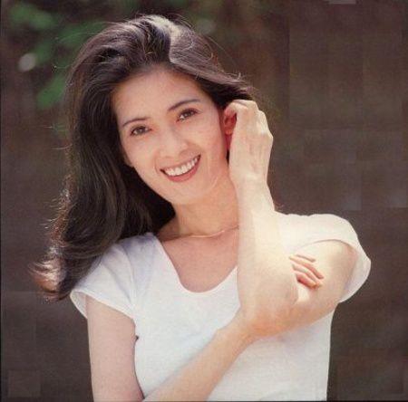 Ayumi-Ishida_05.jpg