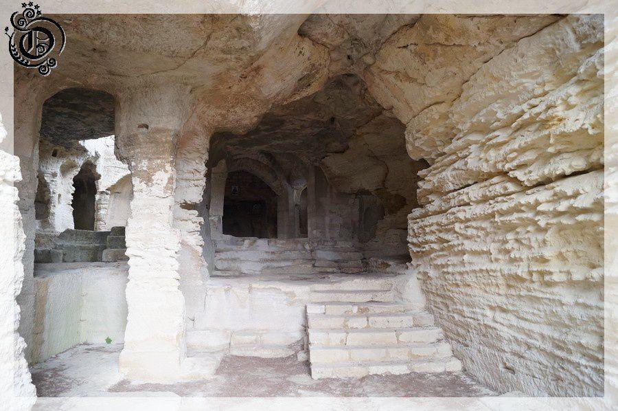 Abbaye saint roman troglodyte 1