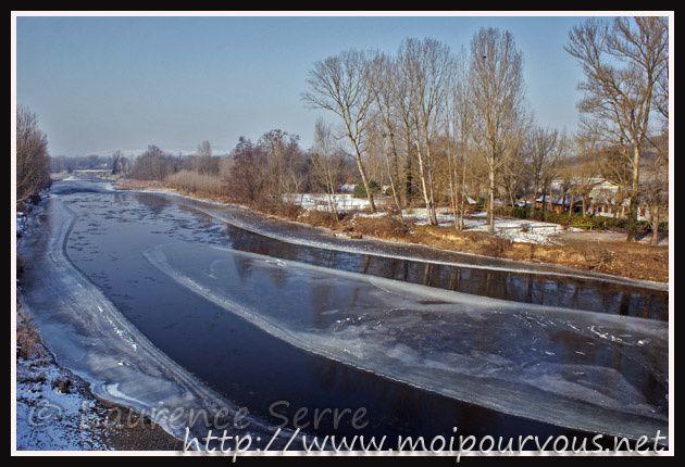Le-pont-Pakowski-vers-Nonette-Allier-gelee.jpg