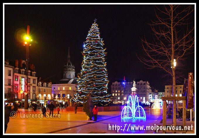 la place de jaude de nuit d coree pour noel 2009 moipourvous entrez sans frapper en. Black Bedroom Furniture Sets. Home Design Ideas