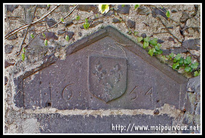 porte-d-entree-vers-la-chapelle-Malauzat.jpg