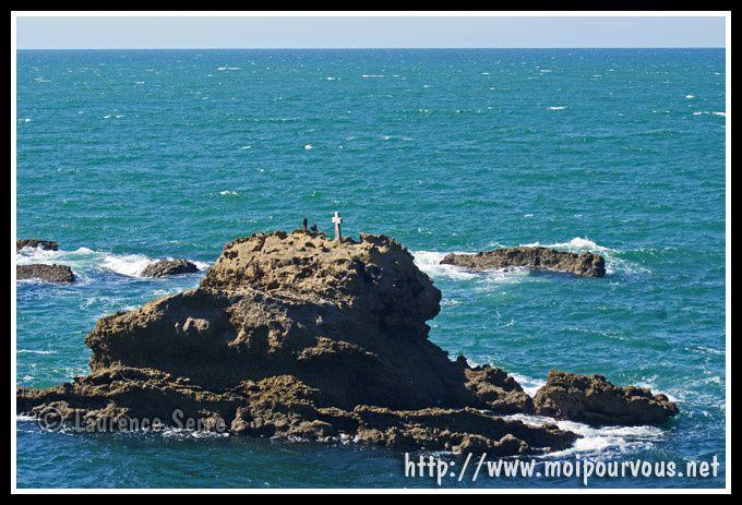 Biarritz--le-rocher-et-la-croix.jpg