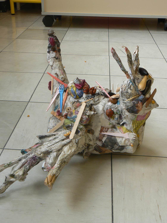 sculptures d 39 oiseaux en papier m ch maternelle jules guesde 2012 artiste intervenant en. Black Bedroom Furniture Sets. Home Design Ideas