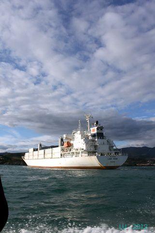 la-derniere-de-2012 5238 porte-conteneurs